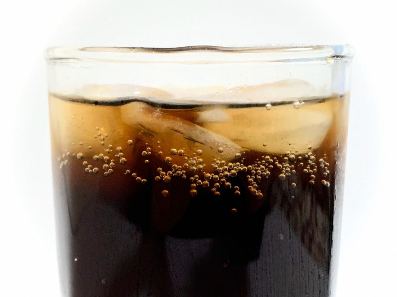 熱い日にゴクッと飲みたい究極のコーラはどれだ! あなたの好きなコーラは? 【アンケート】 | ねとらぼ調査隊