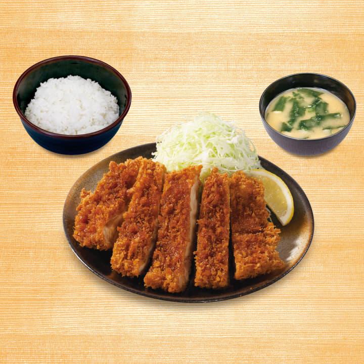 メガチキンかつ定食(画像は『松のや 松屋フーズ』から引用)