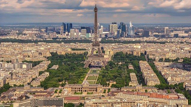 第10位:フランス(WalkersskによるPixabayからの画像)