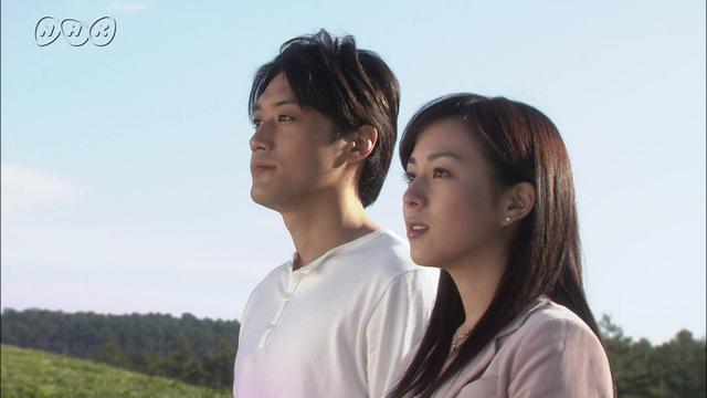第6位:内田朝陽(どんど晴れ)(左側。画像はNHKアーカイブスより引用)