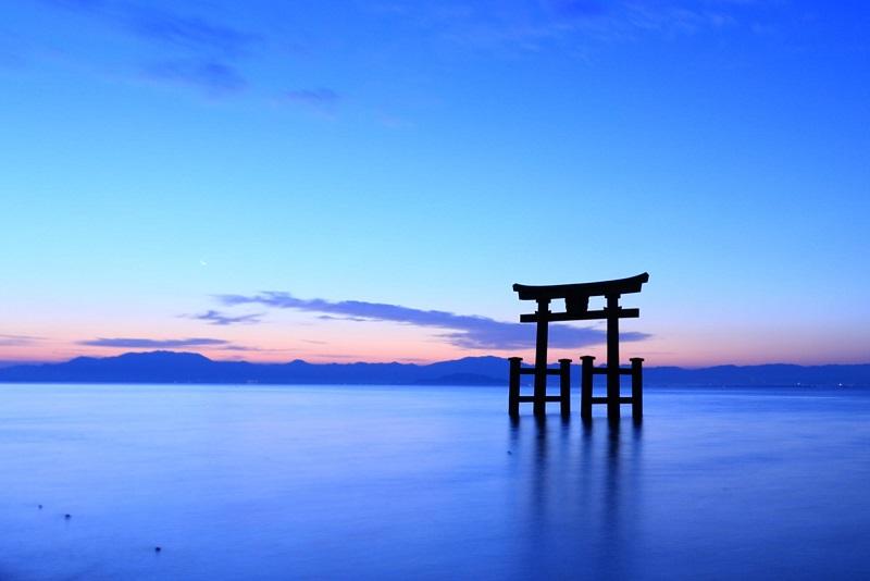 白鬚神社(「びわ湖高島観光ガイド」より引用)