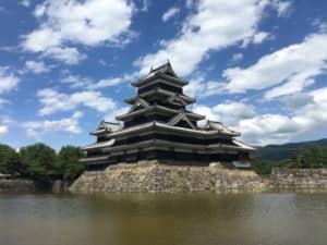 【日本の城】全国の「現存天守」で一番好きな城TOP12! 1位は国宝「松本城」に決定!